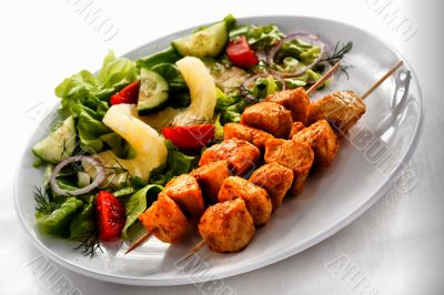 Indonesian fish grilled salad