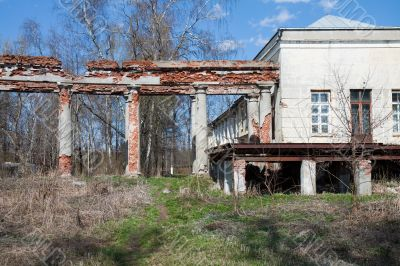 destroyed building with Doric column