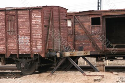 Antique liner-trains