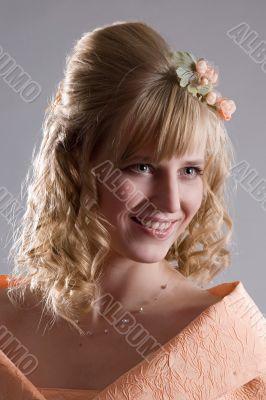 Bride in cream dress. Portrait 2