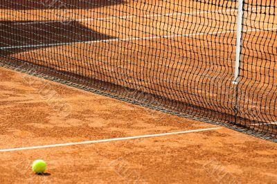 empty tennis court