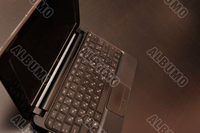 Closeup photo of a thin laptop