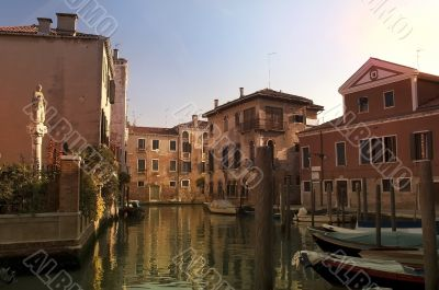 a quiet evening in Venice