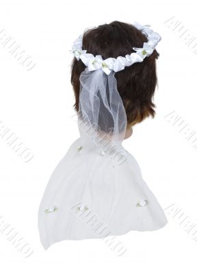Wearing a Lace Veil
