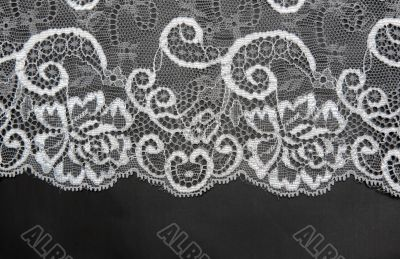 Decorative white lace on insulated