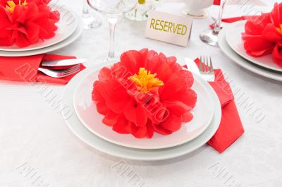 Tableware decoration paper towels in the form of a flower
