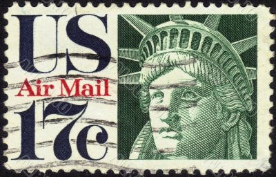 airmail stamp  Statue of Liberty 17 c