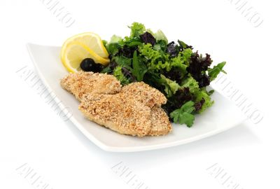 Chicken fillet in sesame with a mixture of lettuce