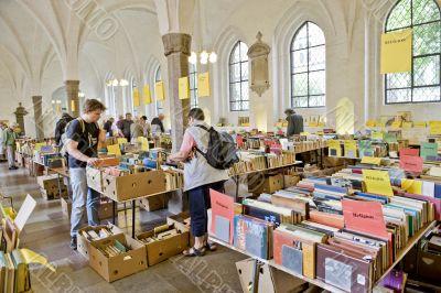 Fair of old books
