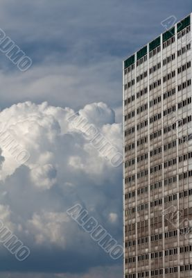 High building and bulk cumulus