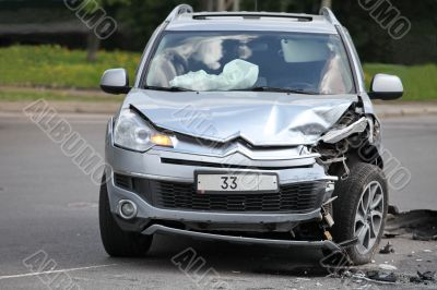 Citroen C-Crosser after the accident