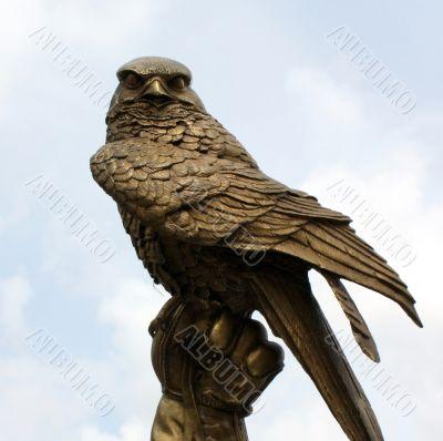 Fighting Falcon in bronze