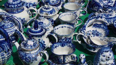 Clay  Gzhel souvenirs
