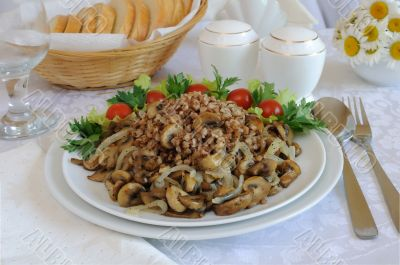 Buckwheat porridge with mushrooms and onions