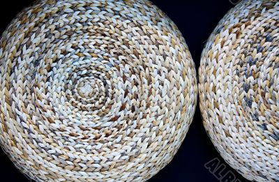 spiral straw weaving