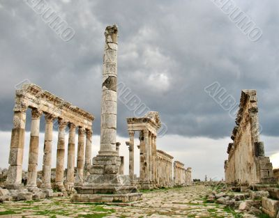 Apamea – it's a trace of antique power and shine