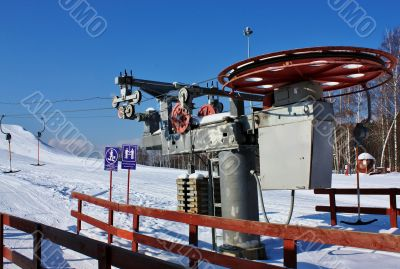 device for lift of skiers