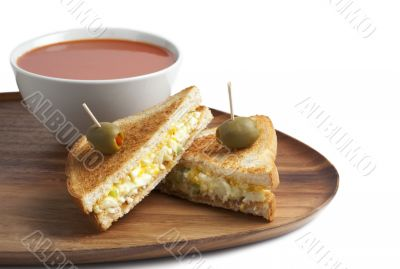 egg sandwich with tomato soup