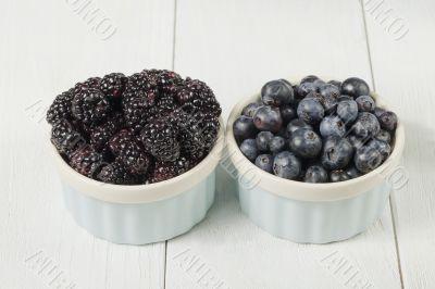 blackberries and blueberries in bowl