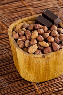 almond with chocolate