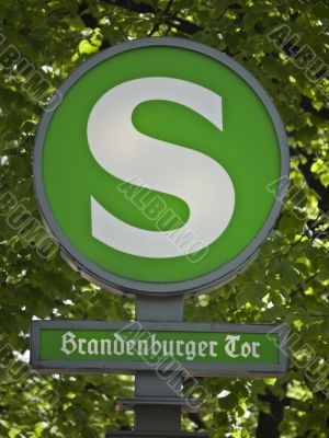 Sign-Light-rail-Brandenburger-Tor