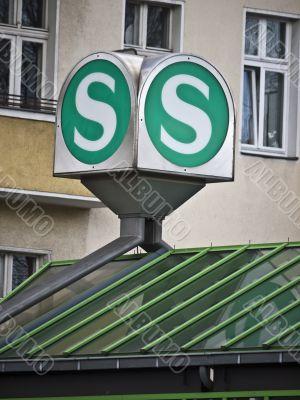 Sign-Light-rail-Berlin