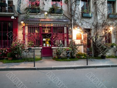 Shops and Homes in Paris n