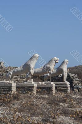 lions statues delos greece
