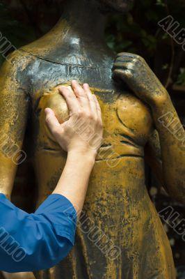 juliet`s statue rite