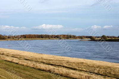 The Elbe in autumn