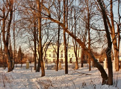 Old-time estate among the leafless trees