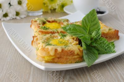 Toast with egg and cheese with dill