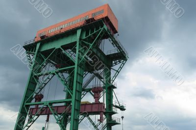 Lifting crane of the hydroelectric power plant