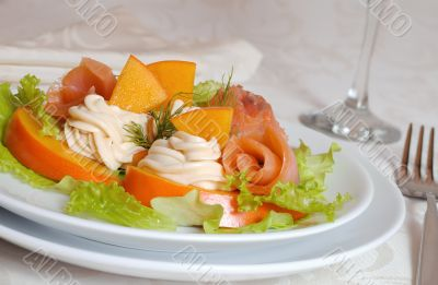 Salmon salad with persimmon and cream cheese