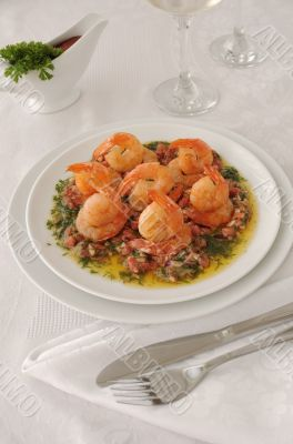Grilled shrimp with tomatoes, garlic and herbs