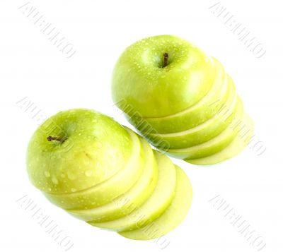 green apples slice isolated on white background