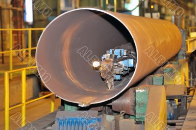 industrial machine for making steel pipes