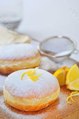 donut with lemon