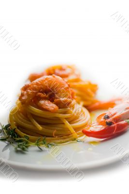 pasta and spicy shrimps