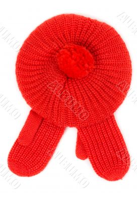 Red knitted hat with pamponom with gloves