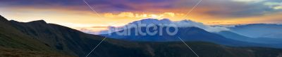 Autumn evening mountain plateau landscape (Carpathian, Ukraine)