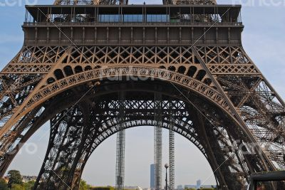 Arch of the Eiffel Tower.