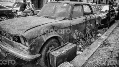An old junk parked on the streets