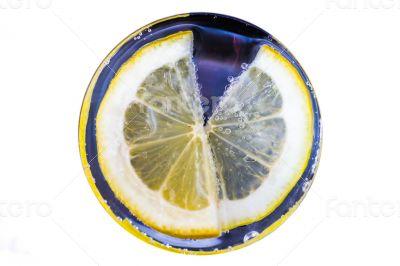 Lemon slice in a glass