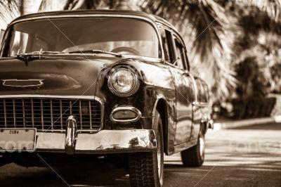 Caribbean Cuba parked Oldtimer