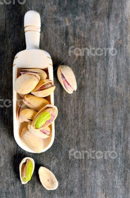 pistachios with shell