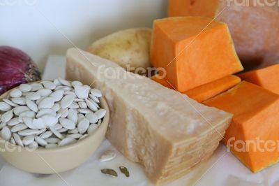 Ingredients for pumkin cream soup
