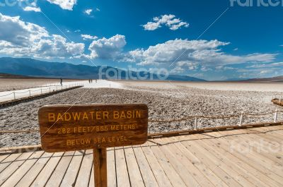 death valley bad water basin