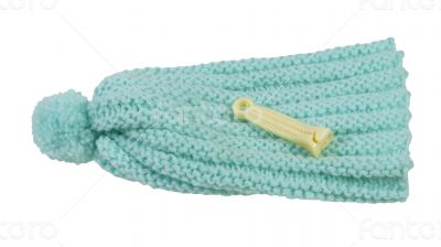 Umbilical Cord Clamp and Knitted Cap