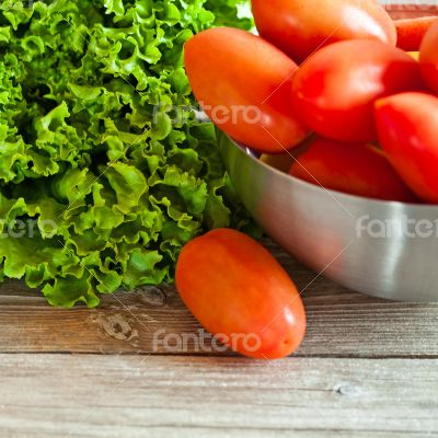lettuce salad and tomatoes